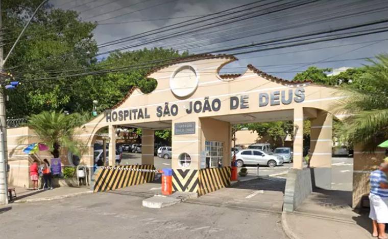 Bebê de 7 meses é internada após engolir pedras de crack do pai em Minas Gerais
