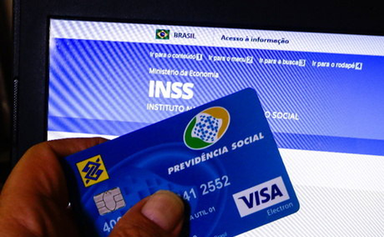 INSS começa a pagar 2ª parcela do 13º para beneficiários que recebem mais de um salário mínimo