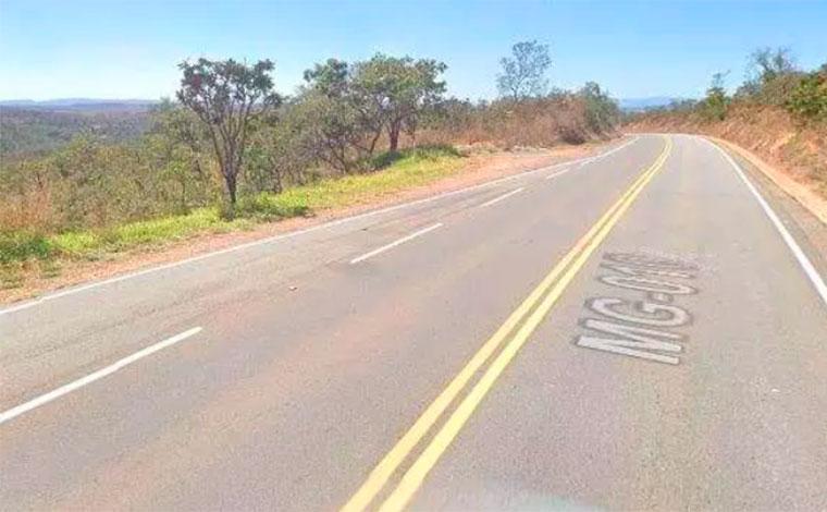 Duas pessoas morrem em acidentes distintos na MG-010 em Jaboticatubas, neste domingo