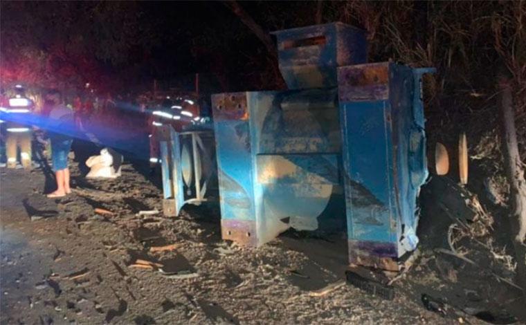 Criança de 5 anos e outras quatro pessoas ficam feridas em grave acidente na BR-381