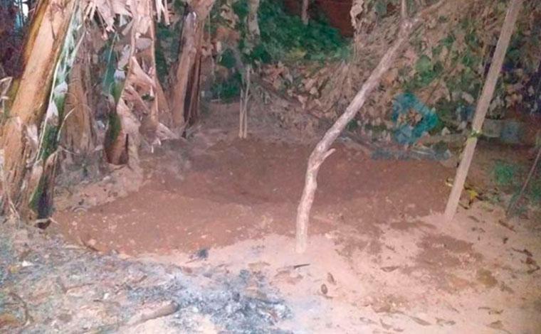 Homem é preso suspeito de matar mãe e enterrar corpo no quintal de casa em Minas Gerais