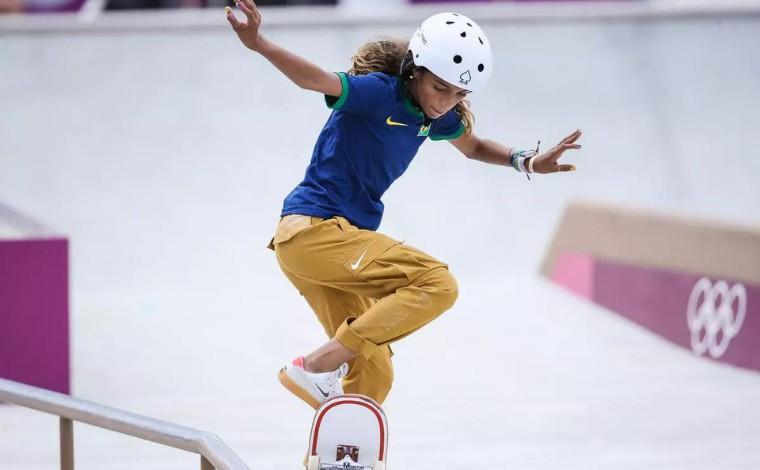 Aos 13 anos, Rayssa Leal faz história no skate e conquista medalha de prata nos Jogos Olímpicos