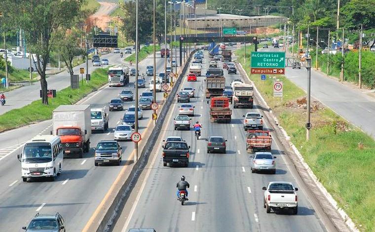 Via 040 divulga cronograma semanal de obras e serviços na rodovia