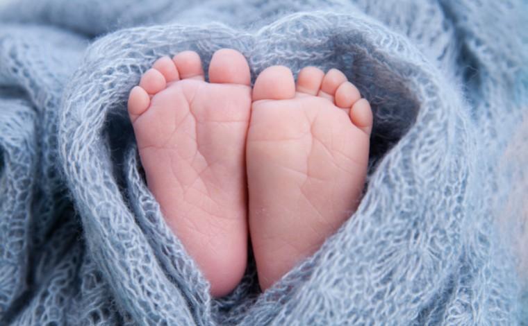 Mulher de 43 anos descobre gravidez ao entrar em trabalho de parto e procurar UPA sentindo 'cólicas'
