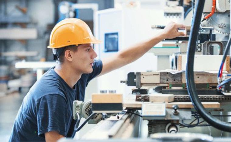 Empresa de Sete Lagoas oferece vaga de emprego para Auxiliar de Produção e Manutenção