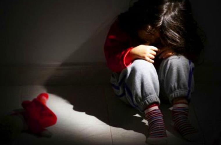 Avô tira foto das partes intimas da neta de 9 anos e admite abuso em Uberaba