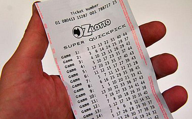Faxineiro que perdeu o emprego durante a pandemia ganha R$ 312 milhões na loteria