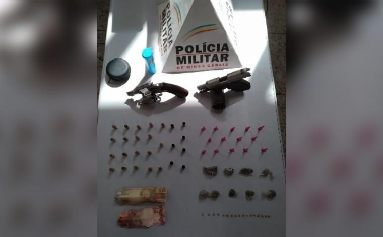 Polícia Militar prende dois homens e apreende armas e drogas durante ocorrência em Pedro Leopoldo