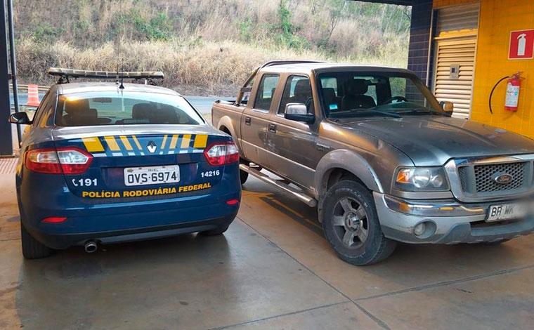 Caminhonete com placa do Chile é apreendida em Sete Lagoas; veículo tem 23 multas de trânsito