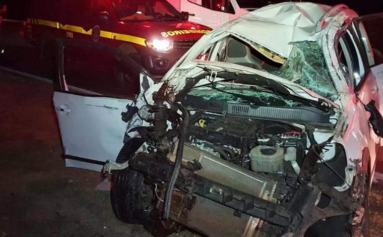 Acidente entre dois veículos deixa cinco feridos na BR-040, em Minas