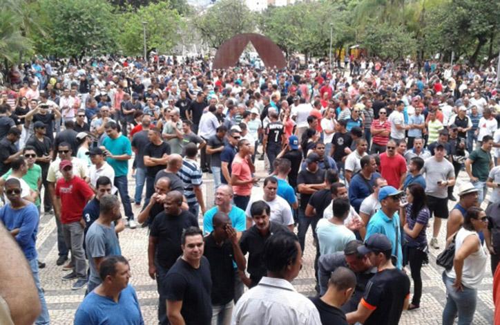 Policiais de Minas entram em greve branca contra decisões do Congresso Nacional
