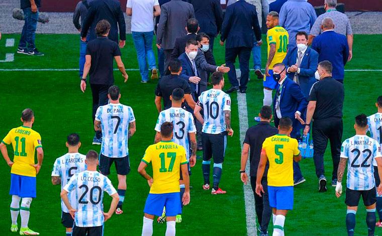 Jogo entre Brasil e Argentina é paralisado pela Anvisa por descumprimento de protocolo sanitário