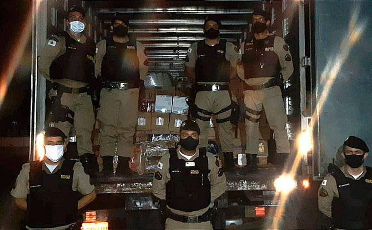 Carga roubada em Sete Lagoas é recuperada em Várzea da Palma e três pessoas são presas