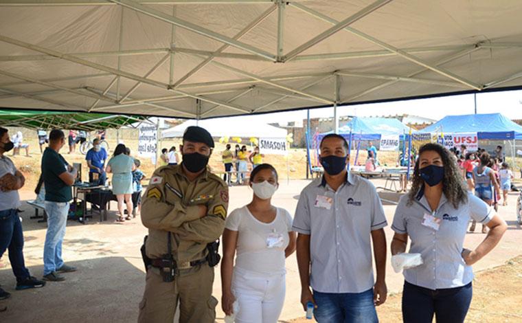 PM realiza Ação Cívico Social e oferece acesso a serviços básicos de saúde no bairro Itapuã