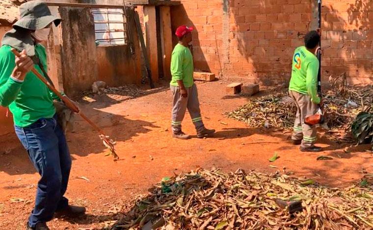 Mutirão de capina e limpeza beneficia os bairros Belo Vale I e II e Jardim dos Pequis em Sete Lagoas