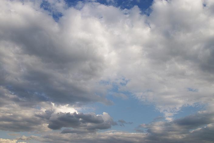 Chegada do verão traz chuvas isoladas e calor para todo o estado