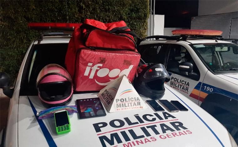 Casal com mochila de iFood é preso por cometer assaltos em Sete Lagoas