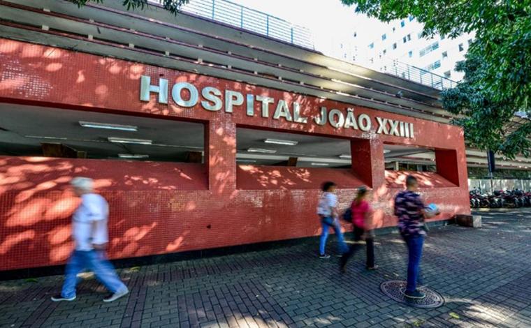 Criança de 8 anos fica ferida após ser baleada acidentalmente pelo irmão em Santa Luzia