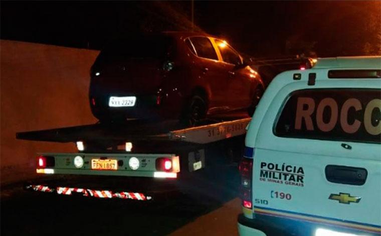 Casal é preso por receptação e posse de drogas em Sete Lagoas; PM recupera carro tomado em assalto