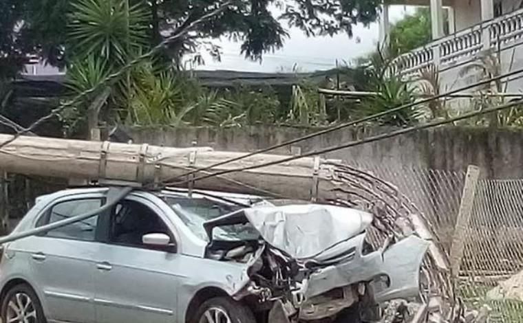 Idosa morre atropelada após dois carros colidirem no Centro-Oeste de Minas