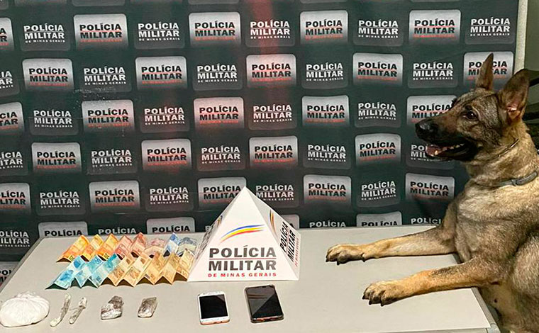 PM prende suspeitos de comercializarem drogas na modalidade 'delivery' em Sete Lagoas