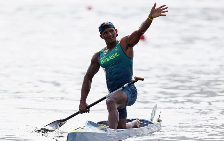 RIO 2016: Isaquias Queiroz leva mais uma medalha na canoagem