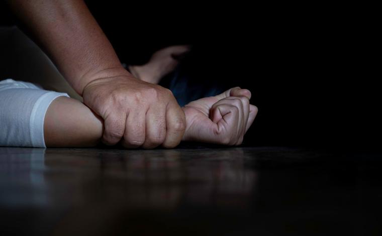 Tio imobilizava e amarrava mãos de sobrinha para estuprá-la no Norte de Minas