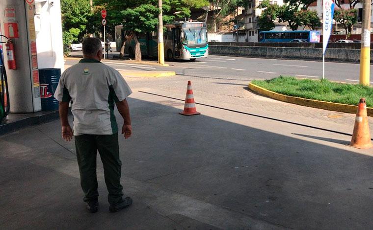 Paralisação dos tanqueiros já provoca falta de combustíveis em postos de Belo Horizonte