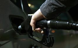 Dólar alto, ICMS e petróleo: entenda porque a gasolina está tão cara