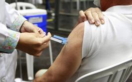 Covid-19: Sete Lagos aplica 3ª dose em idosos a partir de 70 anos e trabalhadores da saúde