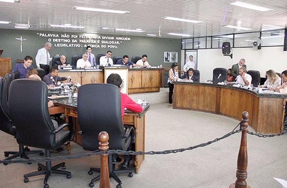 Câmara vota projetos essenciais para o município na última reunião do ano