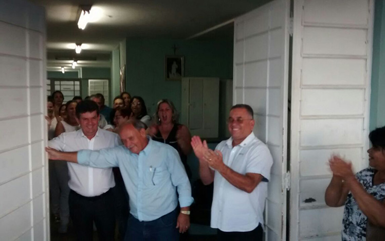 Novo prefeito reabre atendimento 24h do PA Belo Vale em primeiro ato de governo