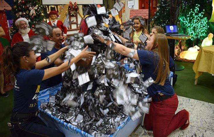 CDL promove segundo sorteio da campanha Natal Mágico neste sábado