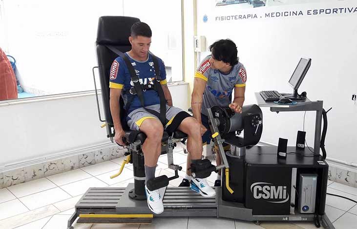 Thiago Neves se apresenta e já inicia trabalhos de pré-temporada