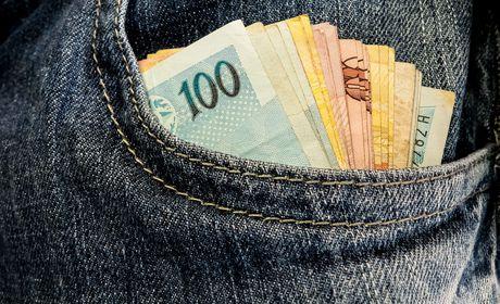 Abono salarial do PIS já está disponível para saque
