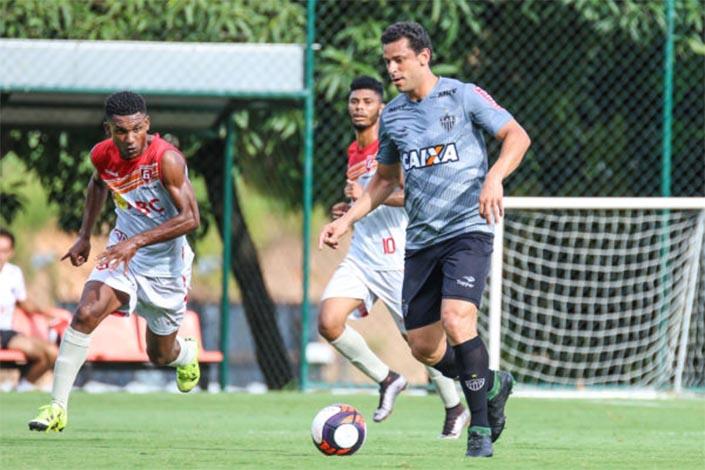 Galo vence Guarani de Divinópolis em jogo treino no CT de Vespasiano