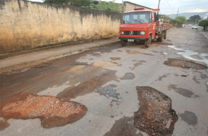Prefeitura deve investir cerca de R$ 2 milhões em operação tapa-buracos