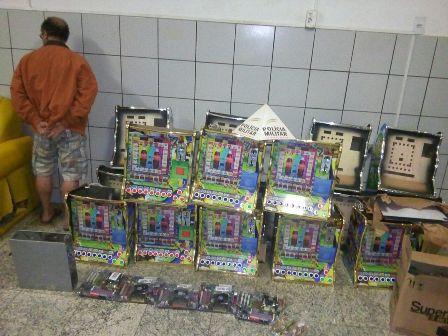Homem é preso em Sete Lagoas com 18 máquinas caça-níqueis