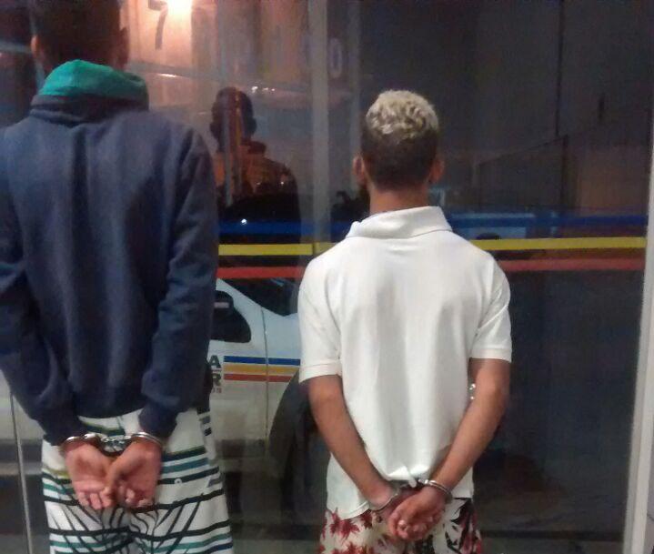 Traficantes são detidos com tabletes de maconha no Bernardo Valadares