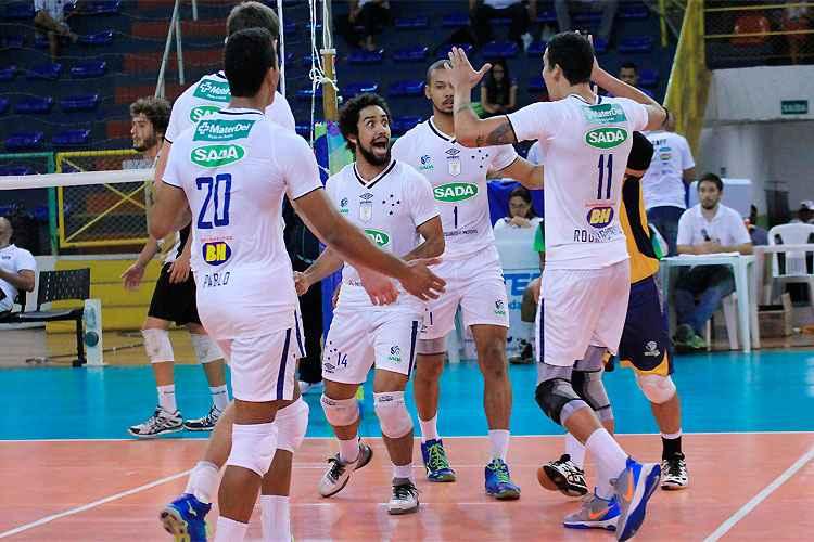 Sada Cruzeiro vence mais uma e avança à semifinal do Sulamericano