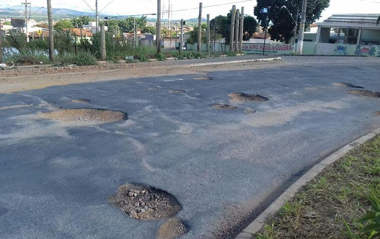 Após licitação, tapa-buracos começará imediatamente em Sete Lagoas