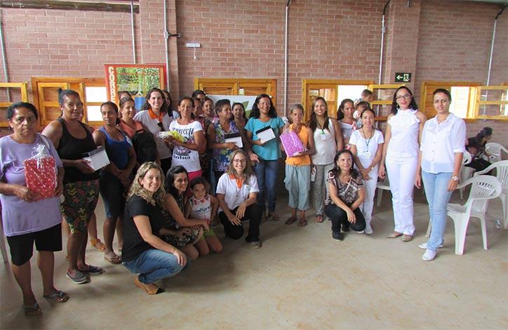 Prefeitura faz homenagens às mulheres exaltando sua força de trabalho