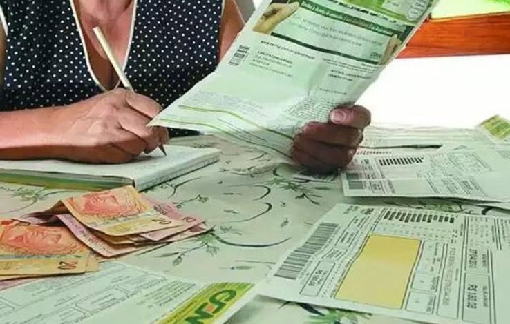Trapalhada da Aneel gerou cobrança indevida de R$ 1,8 bi na conta de luz