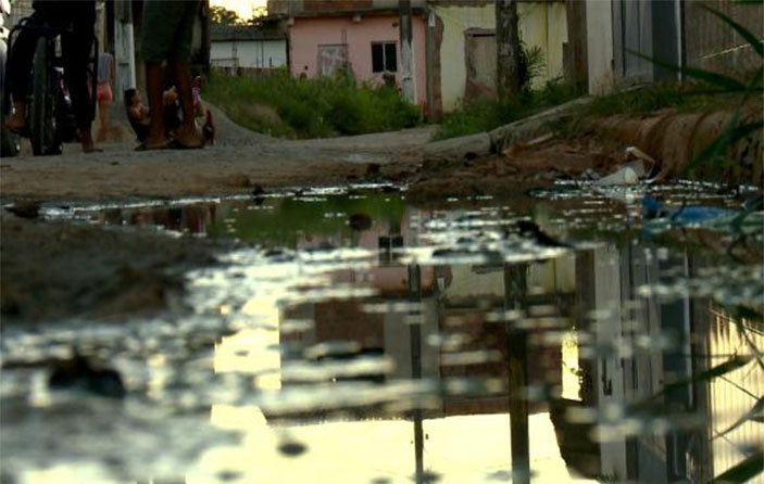 Cerca de 40% das crianças brasileiras vivem na pobreza, diz estudo