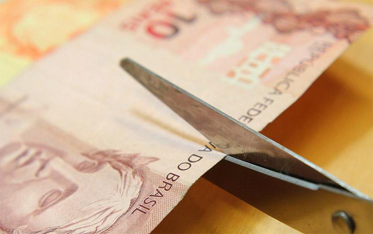 Para compensar baixas, governo cortará R$ 58,2 milhões do orçamento