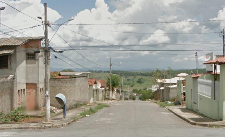 Mulher é encontrada morta em via pública de Pedro Leopoldo