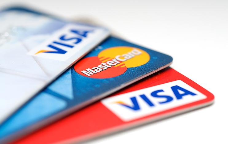 Apesar de recuo, rotativo do cartão de crédito ainda atinge quase 500% ao ano