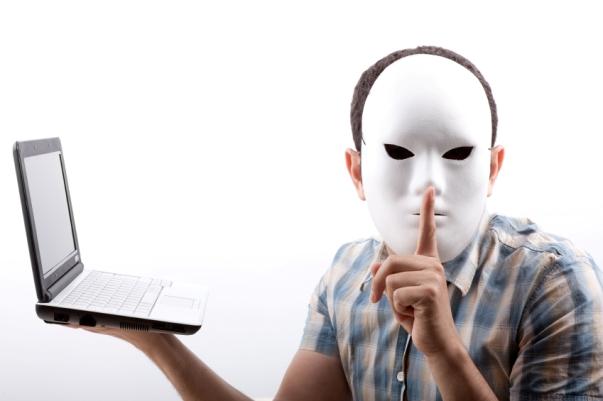 Perfis falsos em redes sociais não deverão agir impunemente nas Eleições Municipais