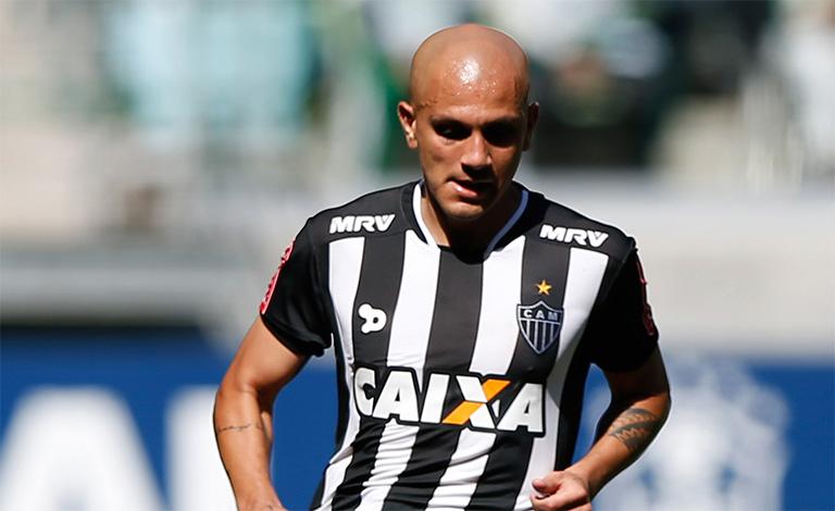 Fábio Santos projeta grande apresentação contra o Sport Boys