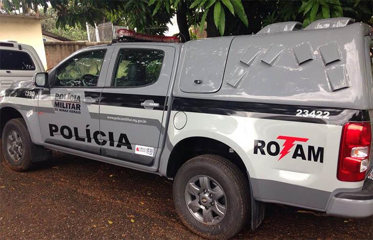 Rotam prende irmãos com armas e mais de R$ 100 mil em Ribeirão das Neves
